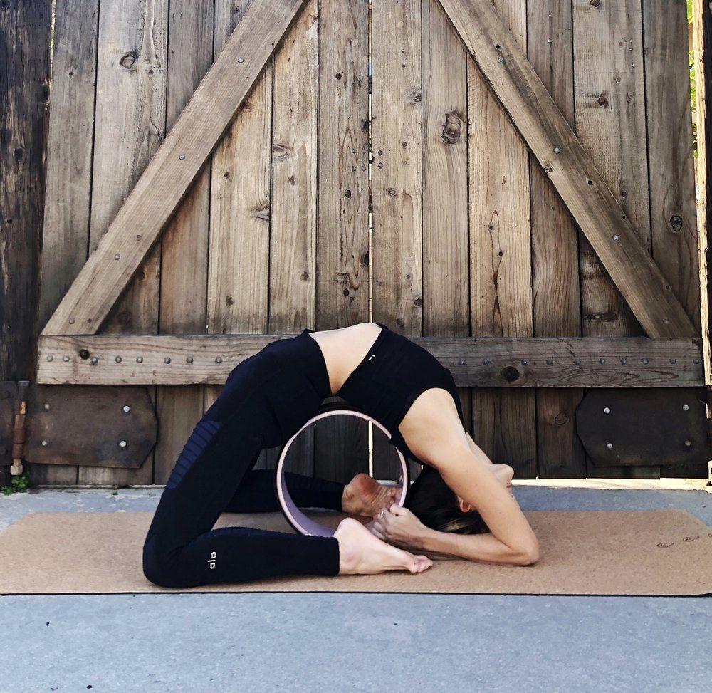 How To Use Yoga Props — Yoga Ky Yoga props, Baby yoga, Yoga