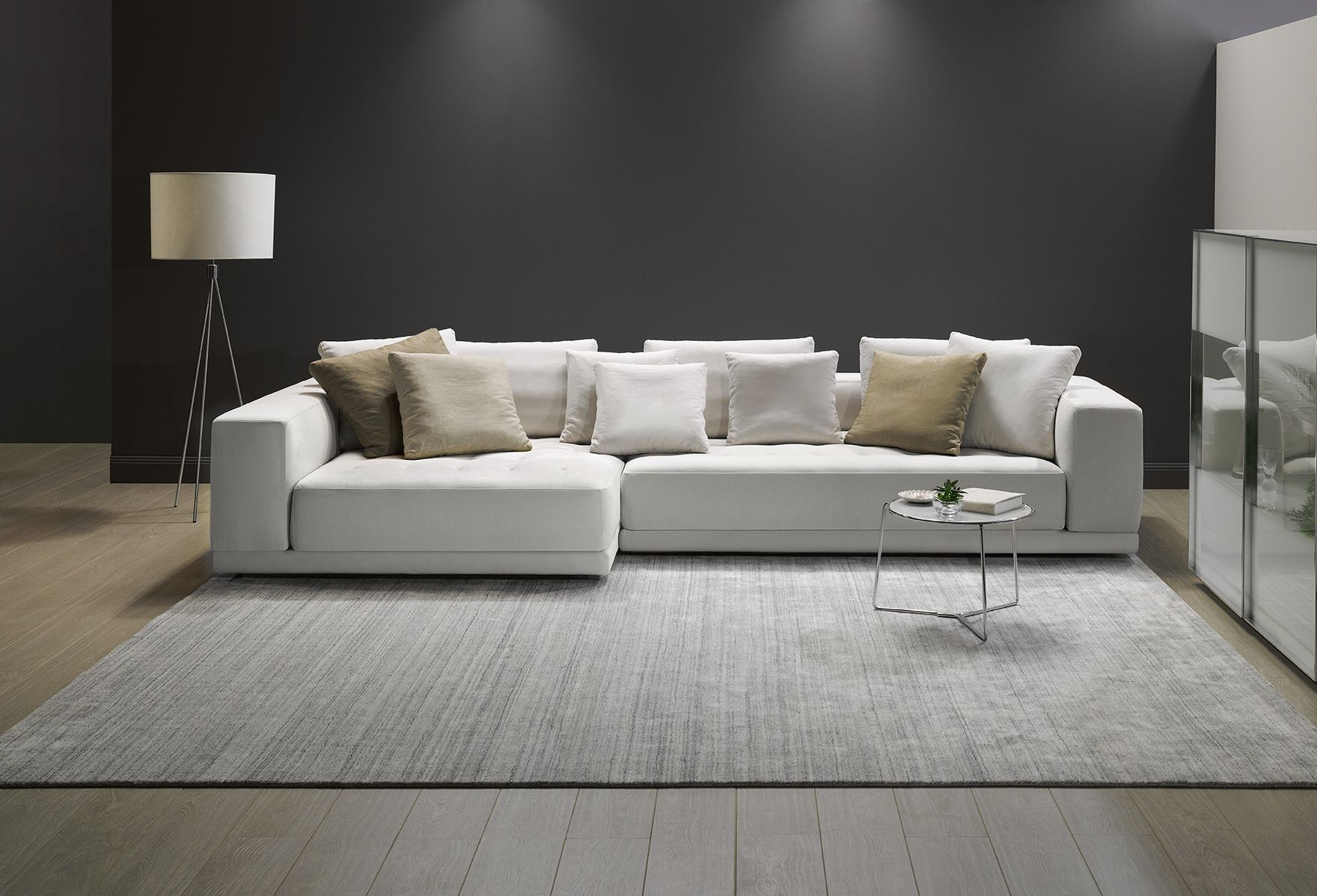 King Furniture s Felix Sofa has been designed to give you the