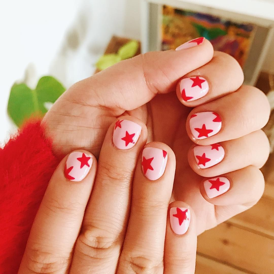 Turns Out You Might Not Need To Be A Pro To Pull Off Instagram S Hottest Nail Trends Funky Nails Star Nail Designs Fake Nails