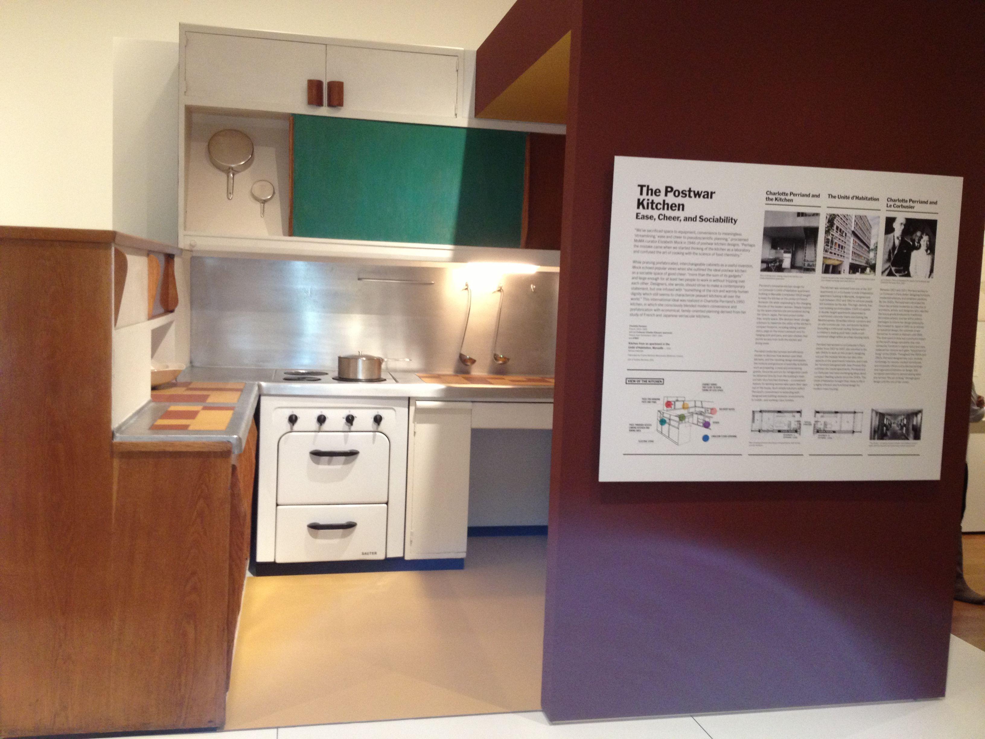 cocina de la unidad habitacional de Marsella - designed in 1947 by ...