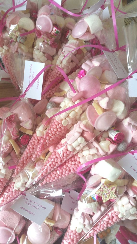5 X Pink Pre Filled Sweet Cones Party Bags Favours Personalised