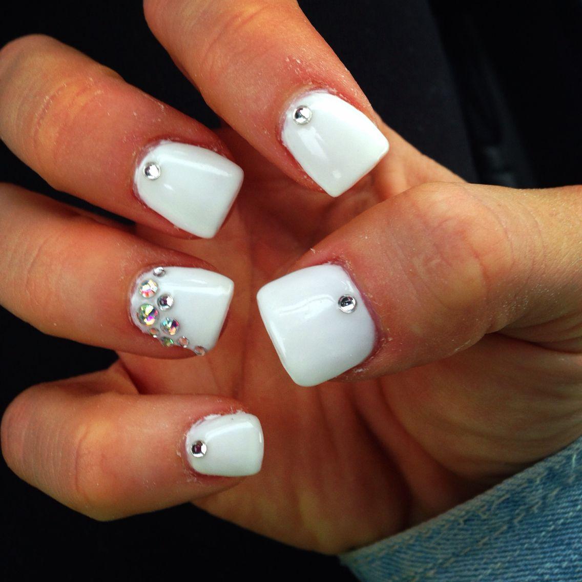 Rhinestone sparkle white short acrylics | Nail art | Short ...