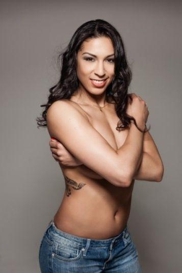 Gata do handebol faz a alegria dos fãs em ensaio sensual; fotos - José Fortes :: meionorte.com