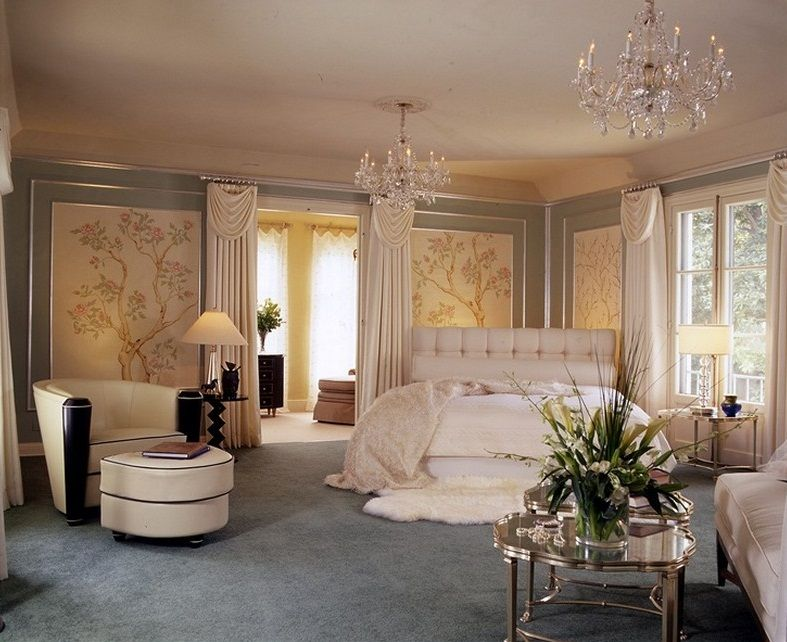 Statuette Of Old Hollywood Glamour Decor The Timeless Decor With