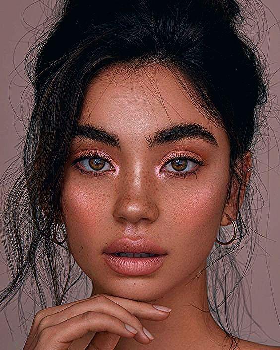 Photo of Maquillajes con los que tu mirada brillará más que el árbol de Navidad
