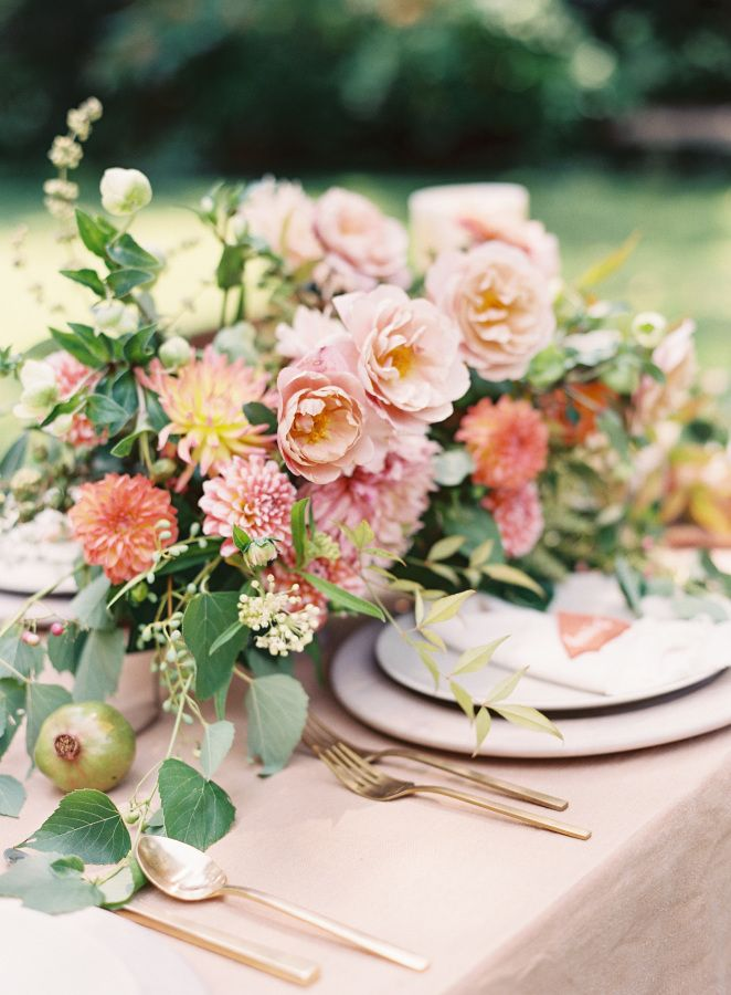 Gorgeous sunset hued summer centerpiece: http://www.stylemepretty.com/2016/05/31/unique-nontraditional-engagement-ring/ | Photography: Kayla Barker Fine Art Photography - http://kaylabarker.com/
