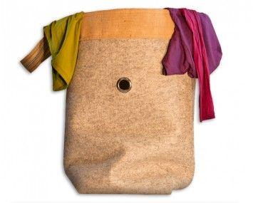 Wäschesack / Aufbewahrungssack aus Wollfilz - monofaktur.de  Dieses XXL Exemplar hat die Maße 80-50-50 cm und ist aus 5mm starkem ungefärbtem Wollfilz gefertigt.