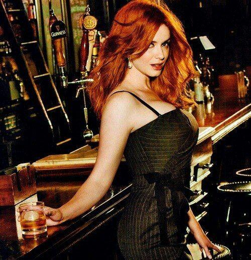 Redhead At The Bar  Christina Hendricks, Beautiful -5035