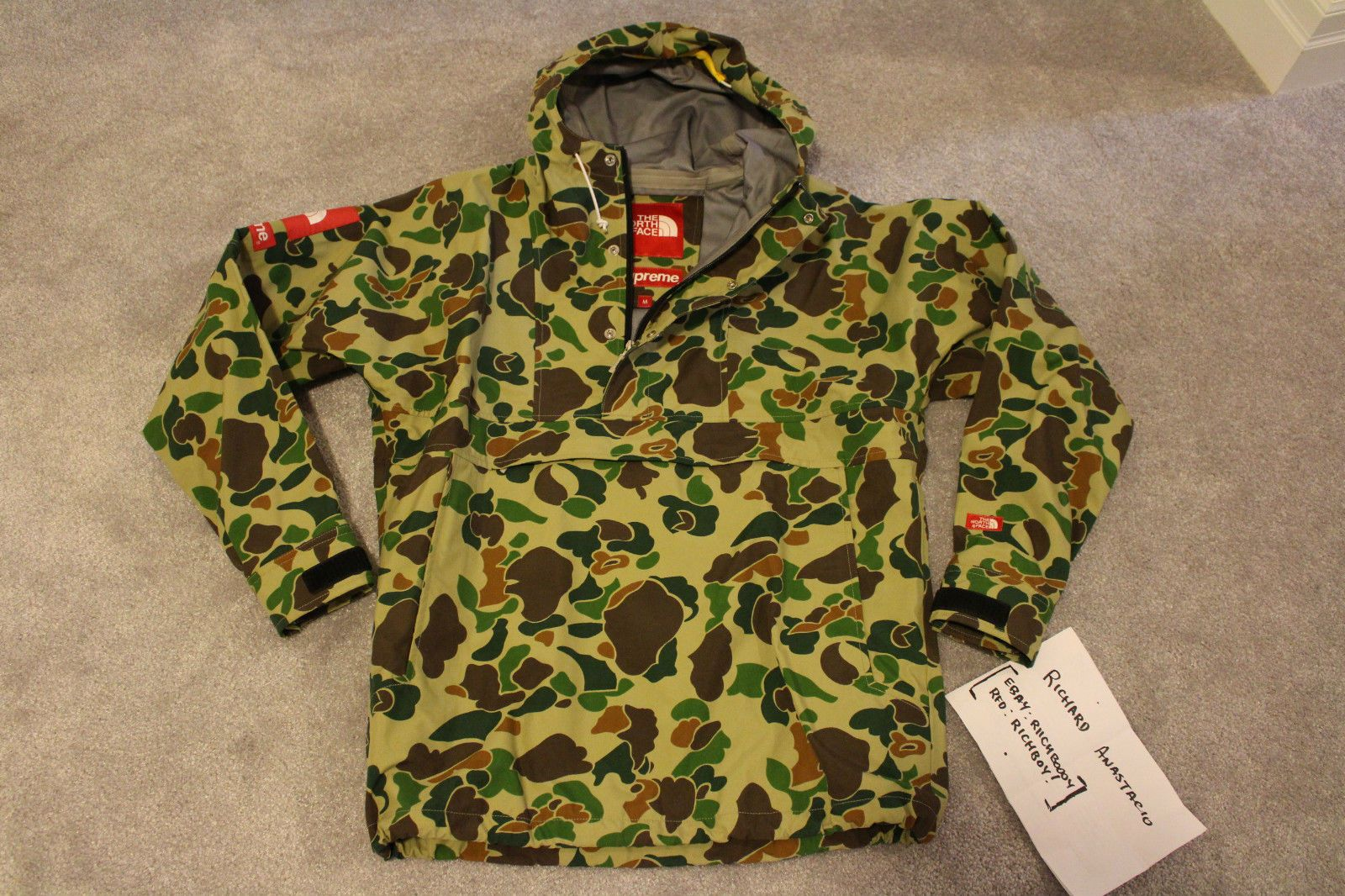 02ca822d9b95f *MINT* Used Supreme x The North Face
