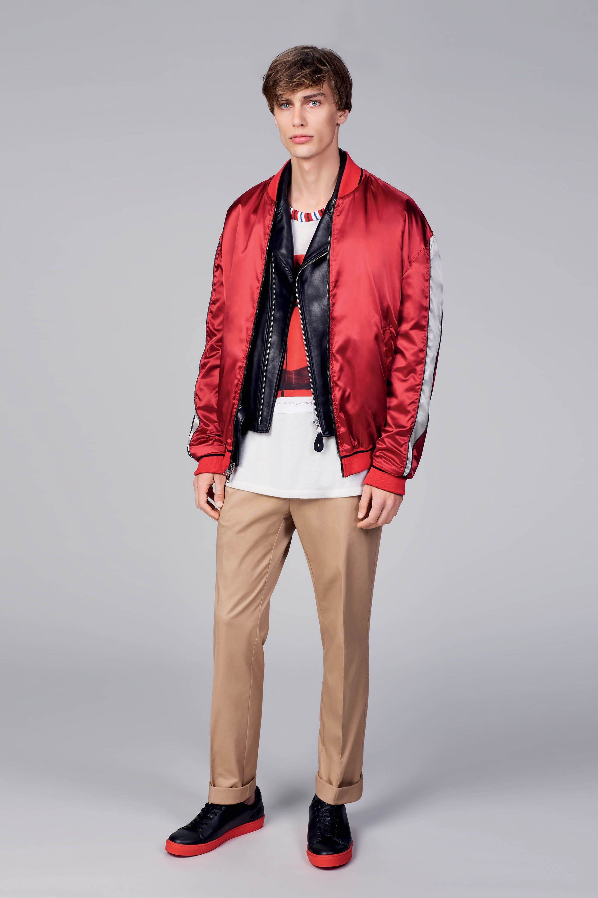 6b90842d337d Tommy Hilfiger Spring 2018 Menswear Collection Photos - Vogue T恤领口罗纹  Catwalk Collection