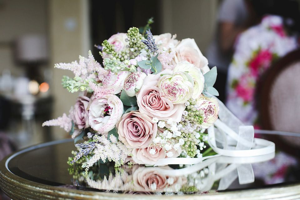 A 1930s old hollywood glamour inspired wedding at