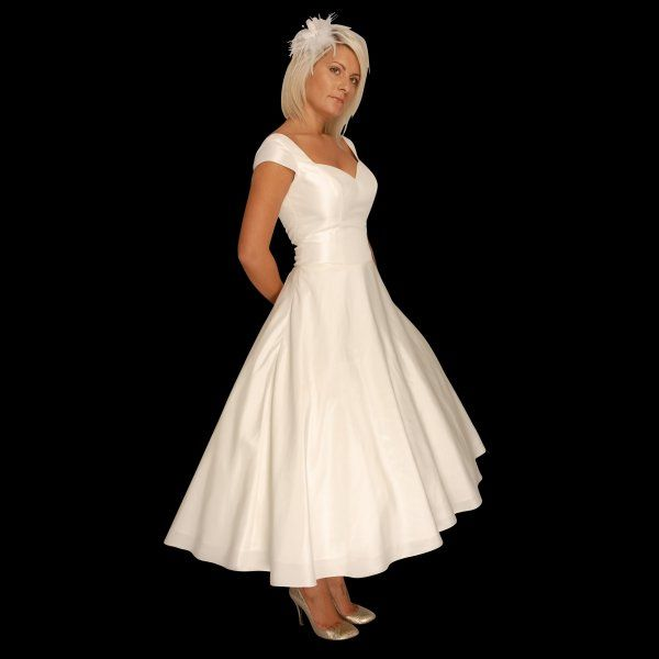 Plus Size Second Wedding Dresses: Tea Length 1950s Style Wedding Dress With Cap Sleeve