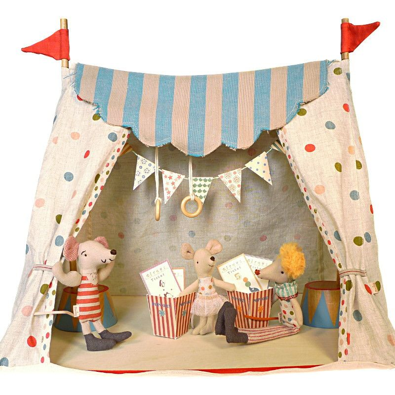 Maileg Circus Tent with 3 Circus Characters (с изображениями