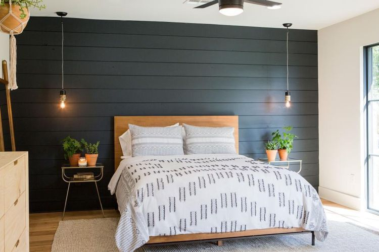 Image Result For Shiplap Walls Dark Trim Master Bedrooms Decor Bedroom Ideas For Couples Modern Remodel Bedroom