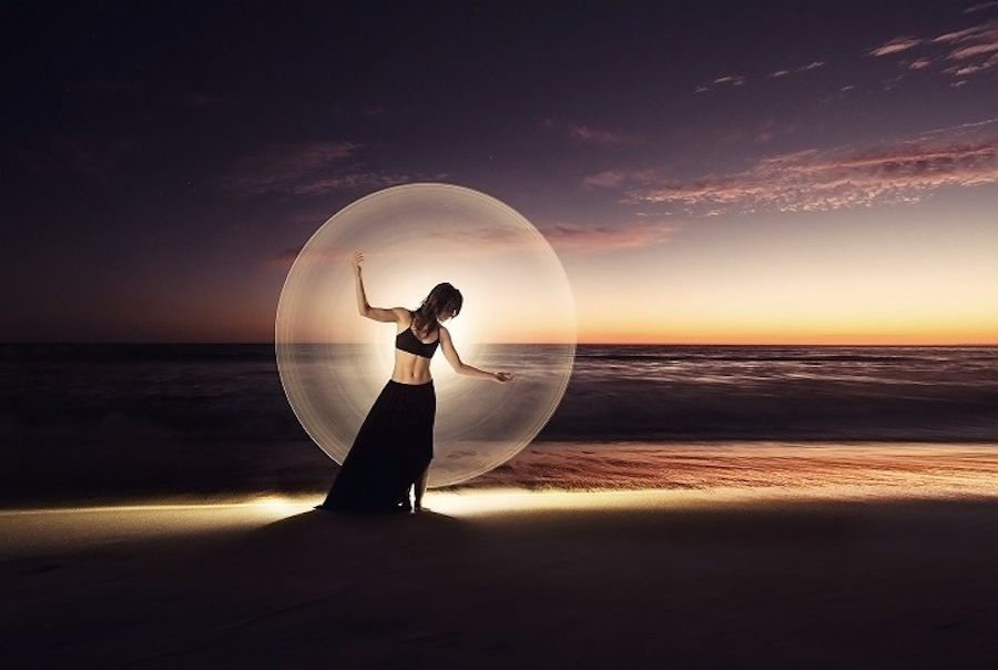 Hypnotic Light Painting Portraits of Dancers and Acrobats in Landscapes