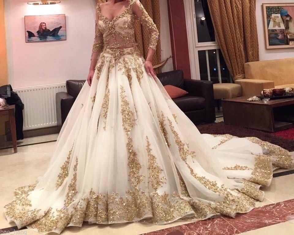 Huge Wedding Ball Gowns: Luxurious Gold Lace Appliques 3/4 Sleeves V Neck Ball Gown
