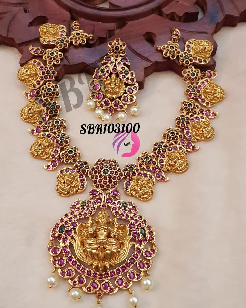 Rs. 3250/+$ DM for order Whatsapp now 👉👉 { 9095122260 } ➡️Due to digital photography color may vary.. Follow me @all.matts for more collection😍😍😍 .. .. .. .. #style #fashion #jewelry #jewels #beautiful #jewel #cute #gems #jewellery #gemstone #bling #pendant #earrings #trendy #accessories #jewelrydesign #jewellerylover #captionplus #bracelet #necklace #fancyjewelry #instajewelry #finejewelry #jewelrygram #fashionjewelry #charm #jewelryaddict