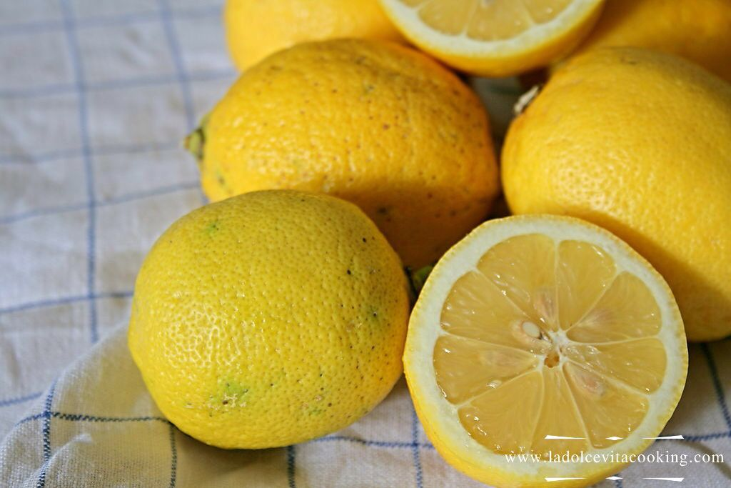 Mixed Citrus fruits #marmalade #recipe. Lemon, orange, grapefruit, All Together Now.  http://www.ladolcevitacooking.com/mixed-citrus-fruits-marmalade http://www.ladolcevitacooking.com/mixed-citrus-fruits-marmalade