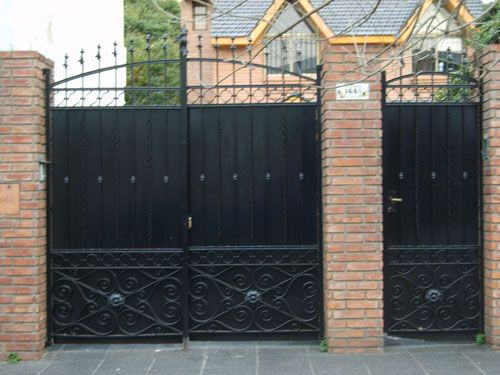 Trabajos de herreria puertas y portones de rejas for Rejas y portones