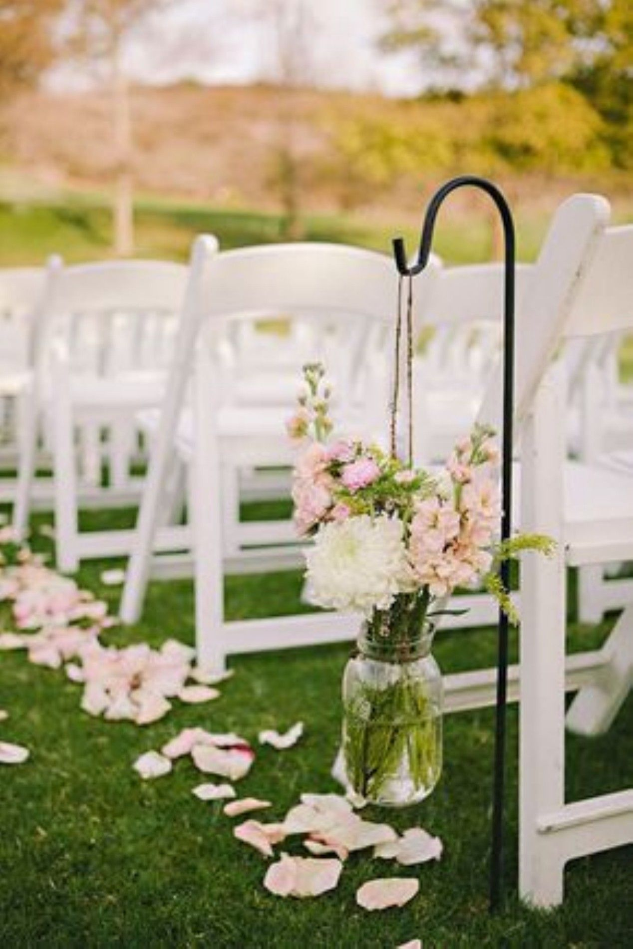 33 Great Outdoor Wedding Decoration Ideas