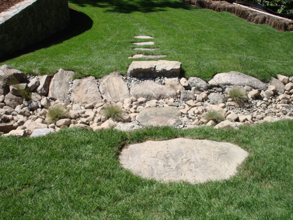 dry river bed landscaping ideas | Dry River Bed Landscaping | Dry ...