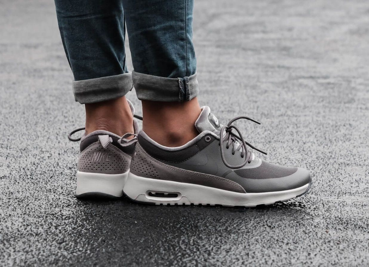 Vendedor Empleador regalo  Nike Air Max Thea LX Gunsmoke Atmosphere Grey Trainer | Nike air max, Nike  air max thea, Grey trainers