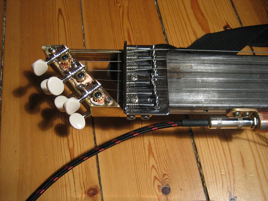 alternative guitar design new tuner design ukulele and lutherie in 2019 guitar guitar. Black Bedroom Furniture Sets. Home Design Ideas