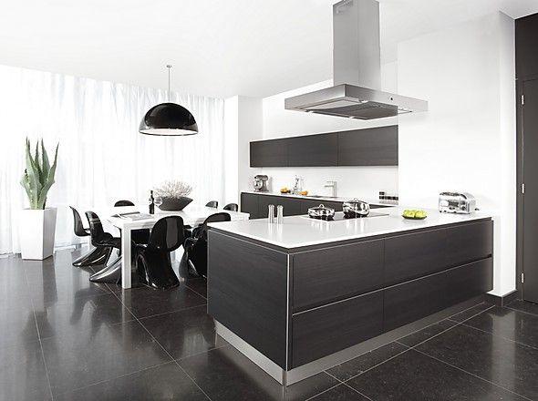 Grifflose Küche yline Pinie schwarzbraun (pronorm Küchen) Huis