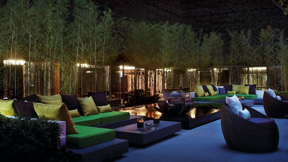 The Mira Hong Kong Hotel Lounge