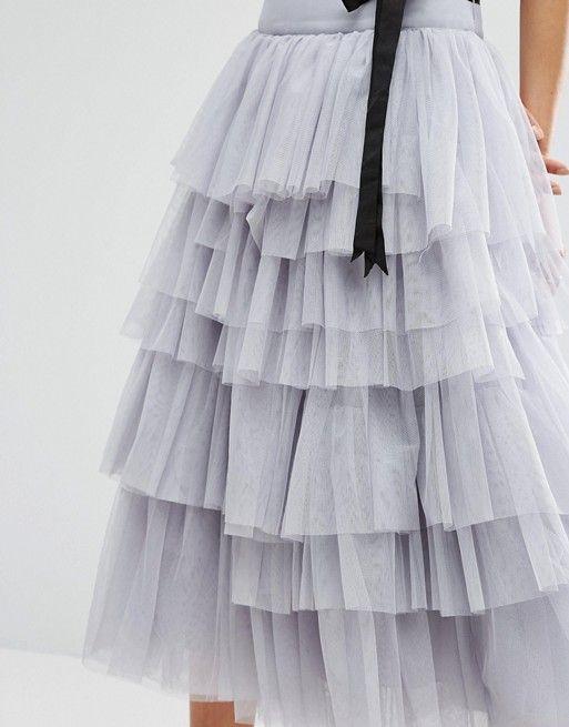 e7ec5486d Falda de graduación midi de tul con capas y lazo a la cintura de ...