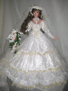 ~ Golden Dreams ~ Rustie Bride Doll vickysplace1.blogspot.com #bridedolls ~ Golden Dreams ~ Rustie Bride Doll vickysplace1.blogspot.com #bridedolls