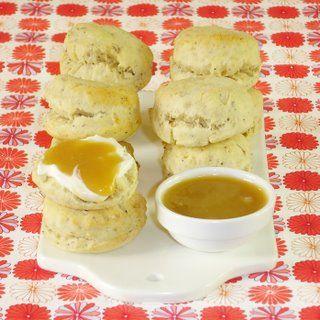 Scones aux noisettes & caramel beurre salé