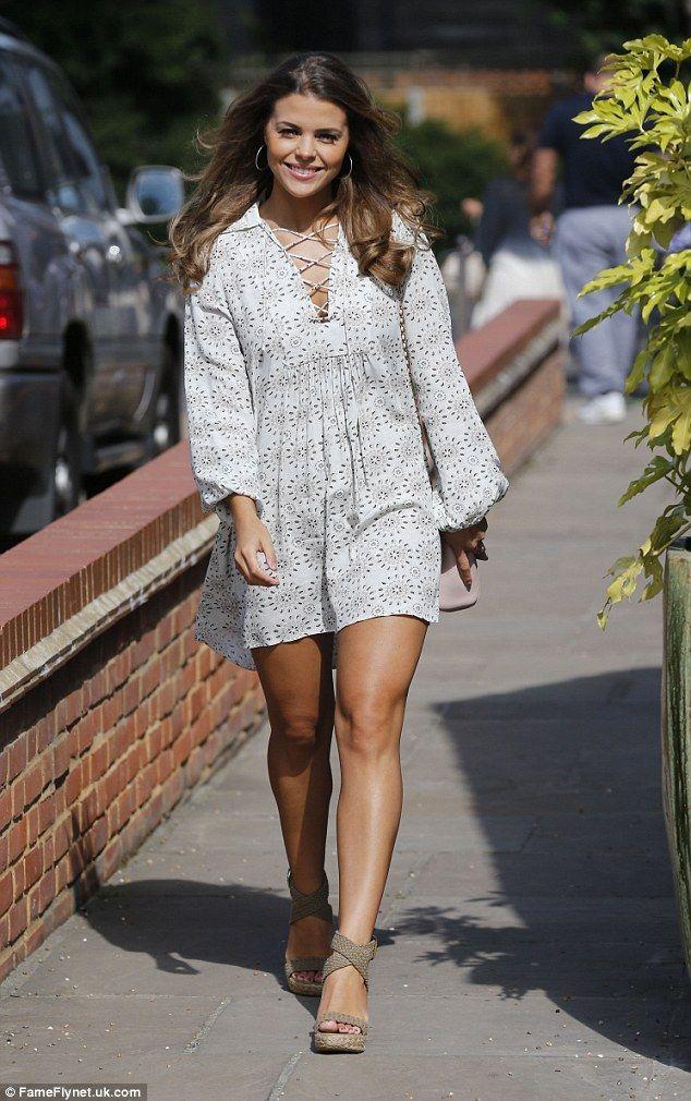 6c12ffcf zara Long strappy printed dress - Google Search | Blogger | Dresses ...