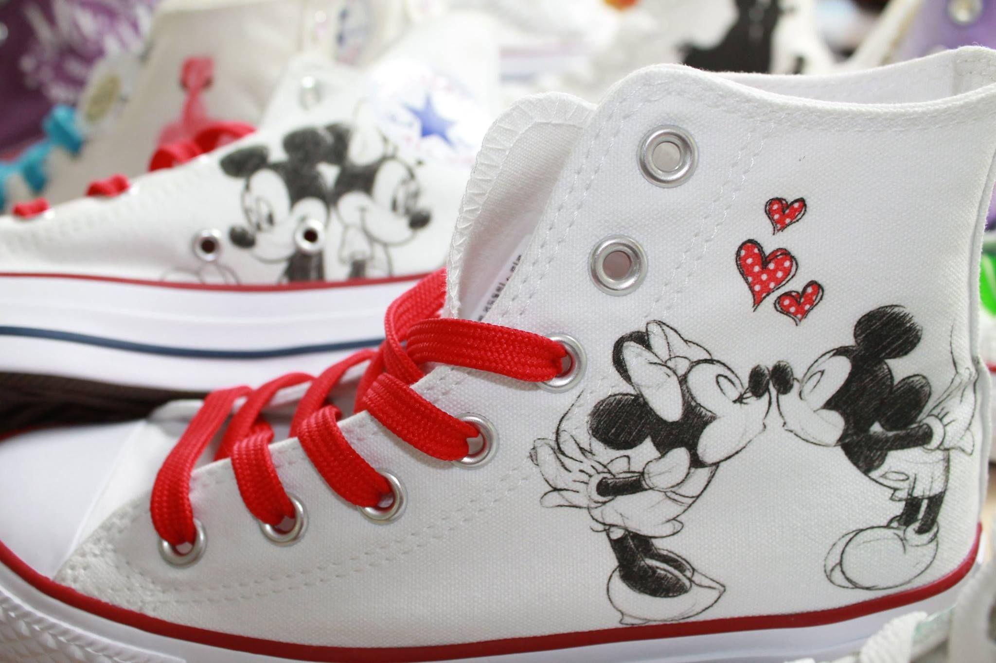 Customized Chucks by notlikeyou :) #disney #mickeymouse