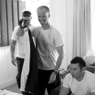 groomsmen photo idea wedding ideas pinterest groomsmen poses