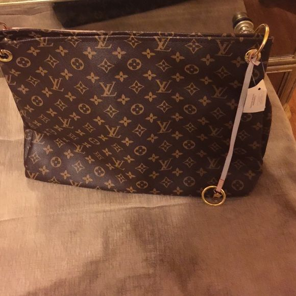 a6c249825ec0 Replica Louis Vuitton artsy large size New with tags looks just as original Bags  Shoulder Bags