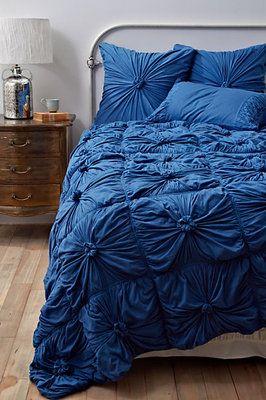 NIB ANTHROPOLOGIE New Blue Rosette Queen Quilt Comforter Bedspread Lazybones