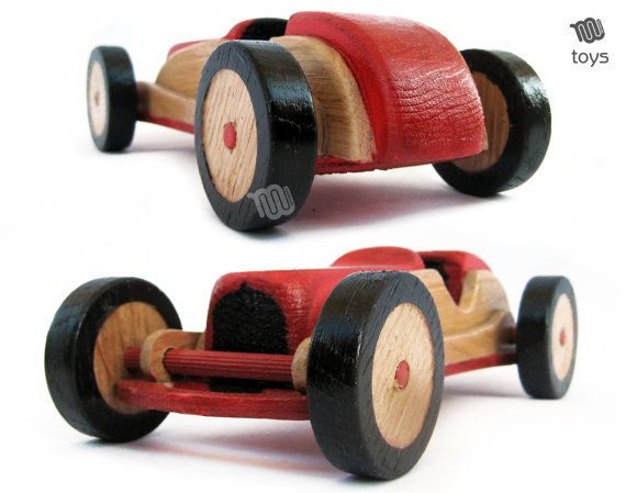 Stylisé Red Racing voiture jouet en bois naturel par WoodHandcraft