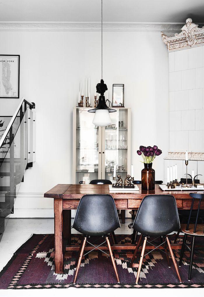 Scandinavian Dining Room With Light Fixture And Printed Rug Classy Scandinavian Dining Room 2018