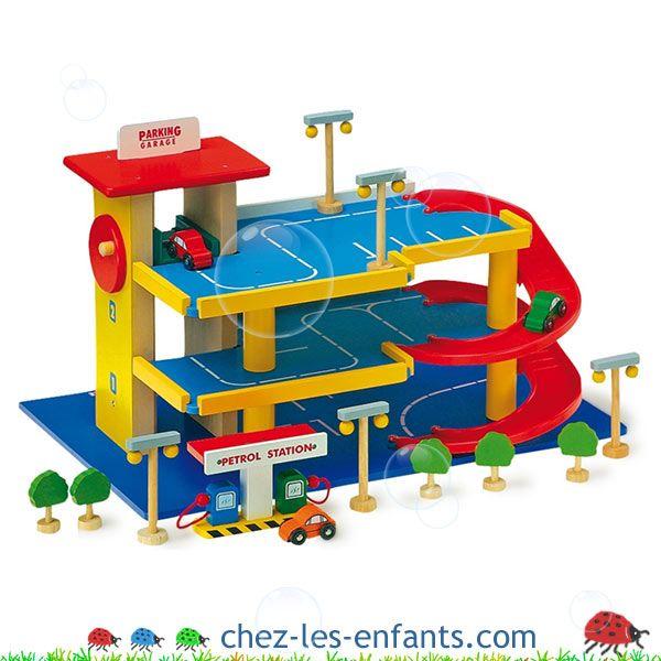 jouet en bois garage en bois pour petites voitures 1797 boutique chez les enfants garage. Black Bedroom Furniture Sets. Home Design Ideas