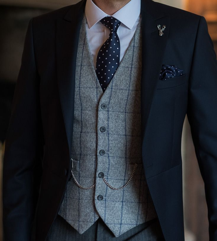 f8d010a6159e This blue grey window pane waistcoat works perfectly with a navy spotted  tie and pocket square. tweedwaistcoat.  groomlook.  morningsuit