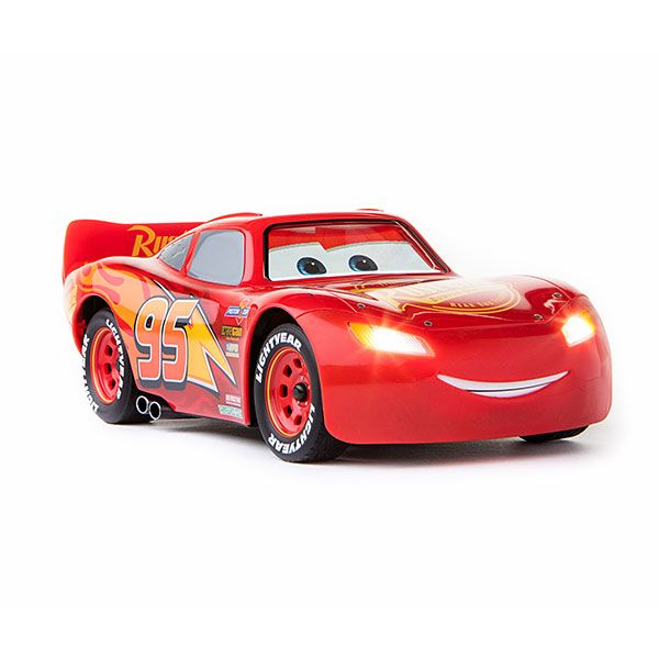Ka Chow Ultimate Lightning Mcqueen Was Born To Race Connect To The App Hit The Gas And See Lightning Respond To Yo Lightning Mcqueen Disney Cars Pixar Cars