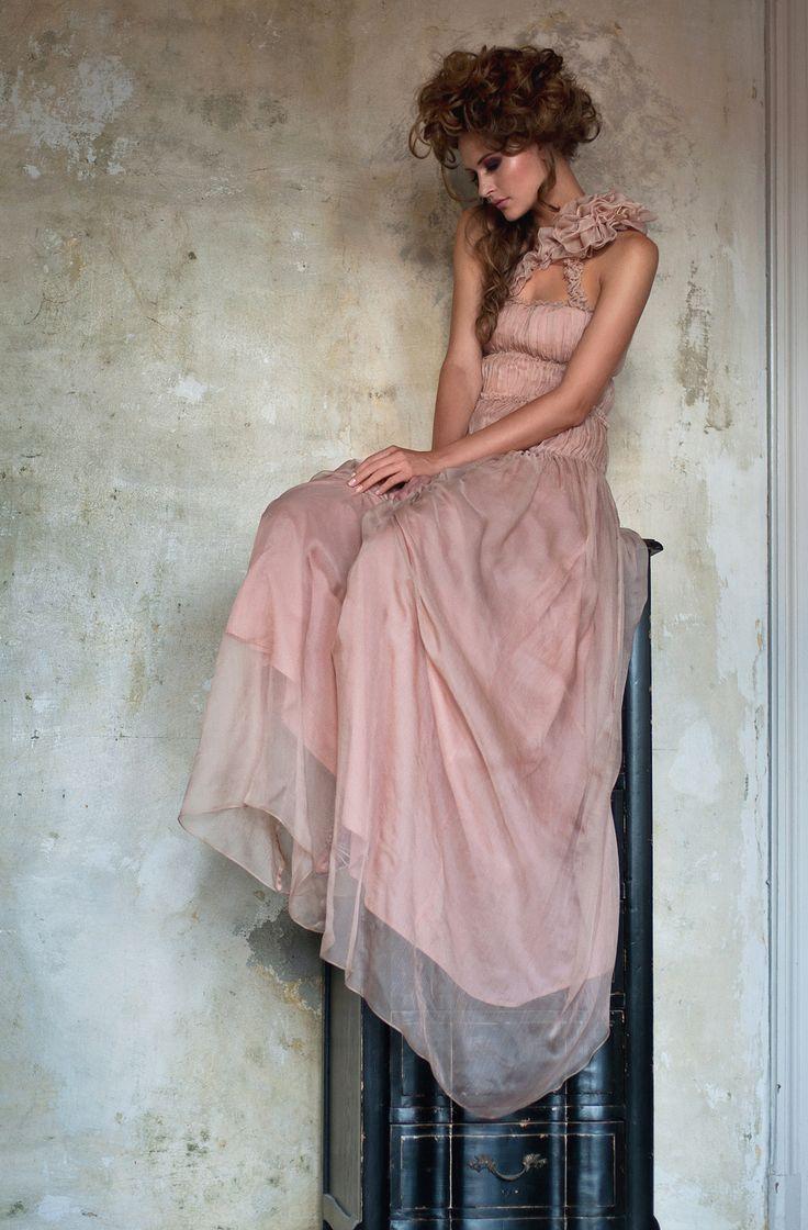 The Rose Garden   Moda   Pinterest   Temas interesantes