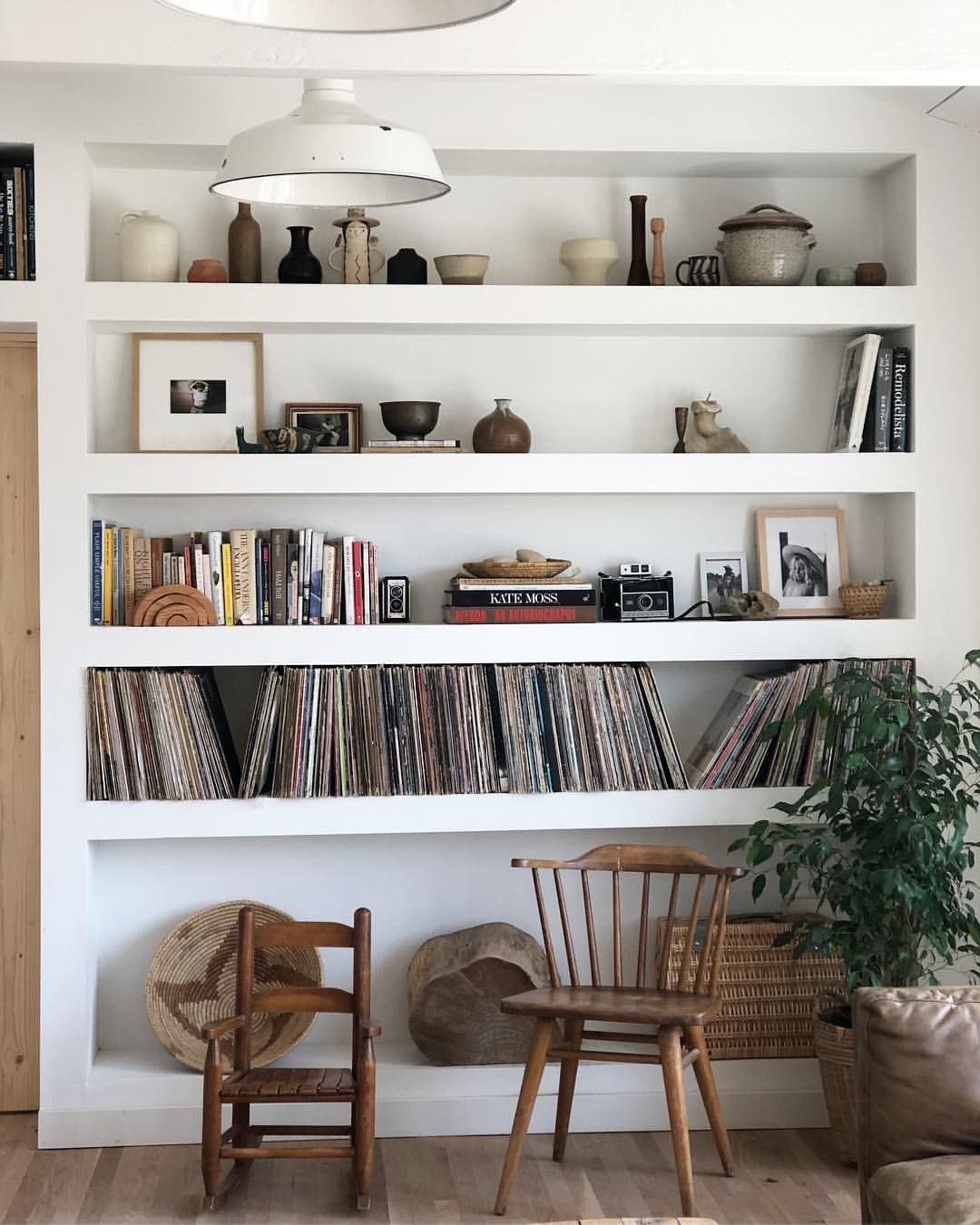 Jessica Reed Kraus On Instagram Living For The Leftovers Today And A Quiet Day At Home Ignoring Sales An Bookshelf Design Interior Scandinavian Bookshelves