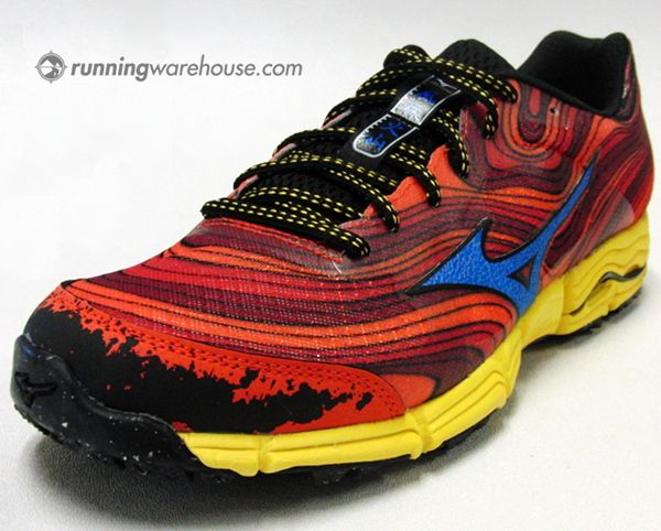 These Mizuno Wave Kazan trail running shoes are sick! I want the ones in  gunmetal
