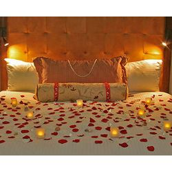 Romantic hotel room decoration honeymoon wedding repinned by moments photography momentpho also best night ideas images rh pinterest