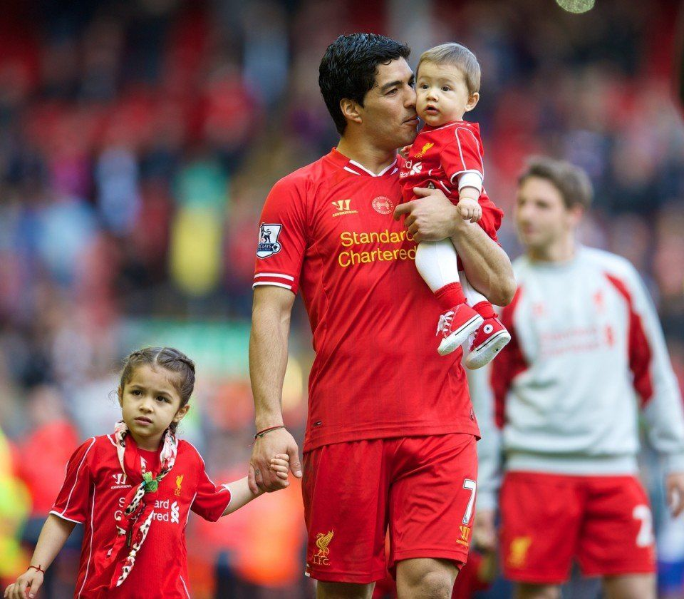 Luis Suarez not interested in Real Madrid or Barcelona rumours