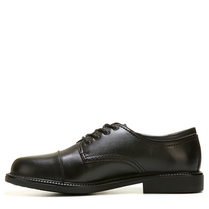 Dockers Men s Gordon Cap Toe Oxford Shoes (Black)  343ce8bf780a