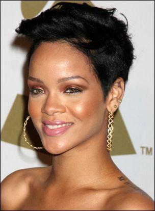 Incredible 1000 Images About Riri39S Hair On Pinterest My Hair Rihanna Short Hairstyles Gunalazisus