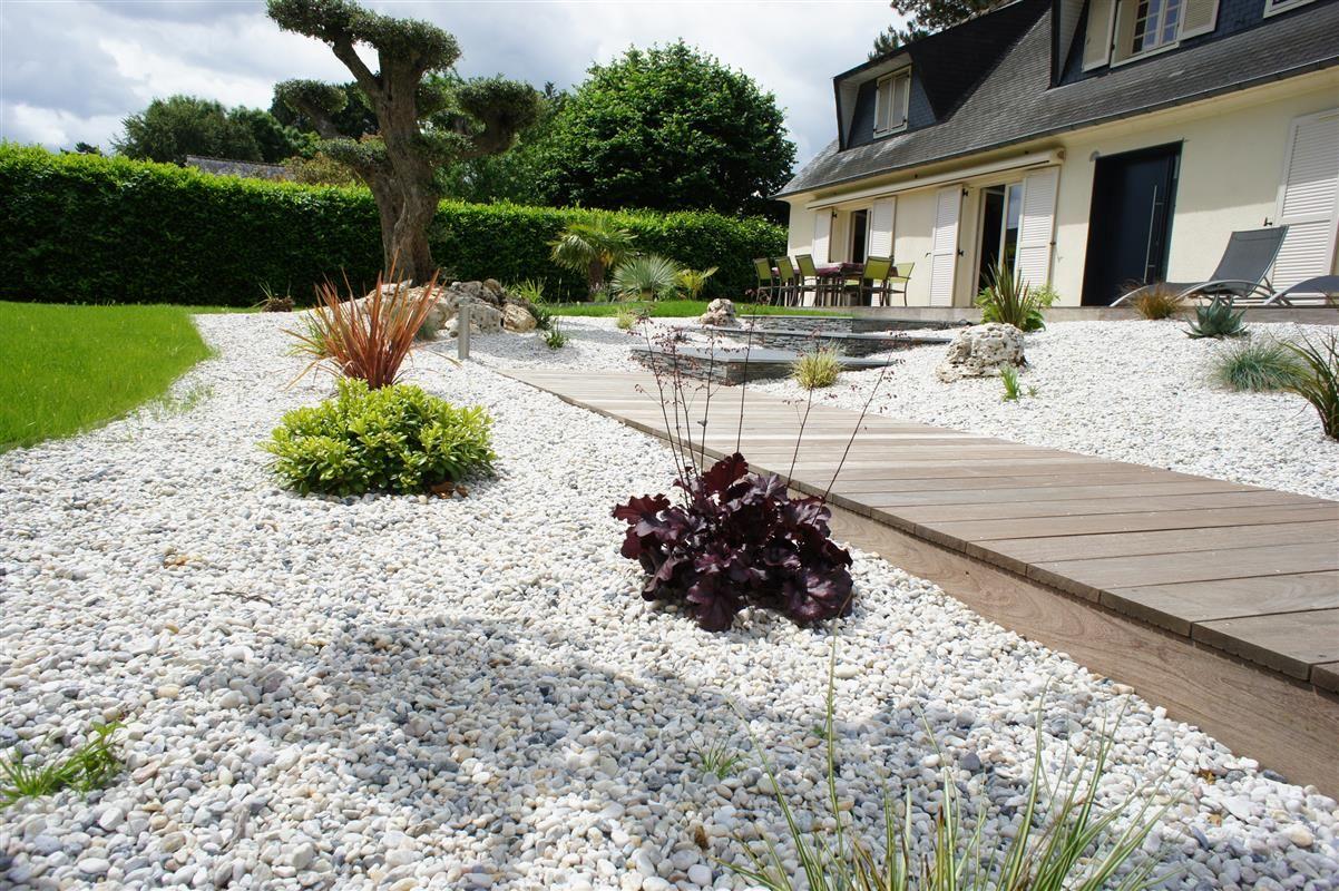 Entrée de maison - Réalisations paysagiste Rennes - Paysagiste Conseil Rennes | EXTÉRIEURS A VIVRE . PAYSAGISTE CONSEIL